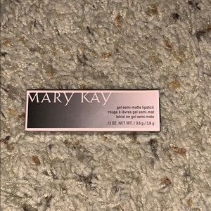 Mary Kay Gel Semi-Matte Lipstick